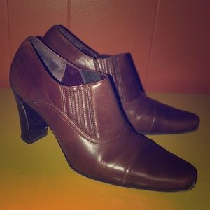Coach Genna Brown Leather Ankle Boots 5.5 B